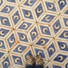 #fromwhereistand #lookingdown #siena #travelgram