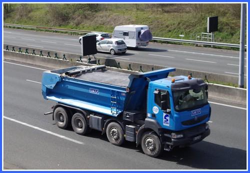 Flickr the camions et engins de chantier pool for Buro rent garges les gonesse