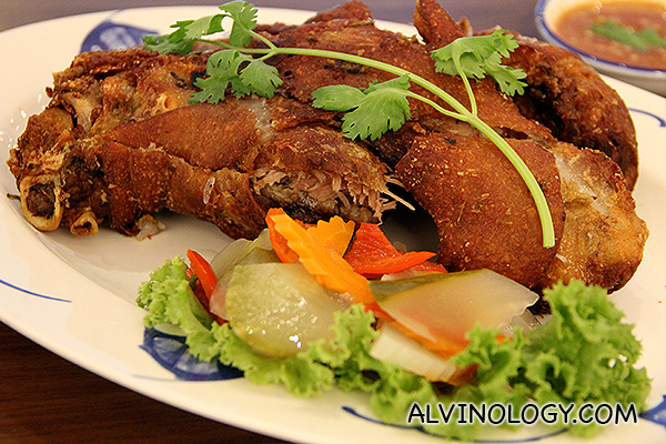 Deep Fried Pork Knuckles (S$34.90) - Siam Society's signature dish