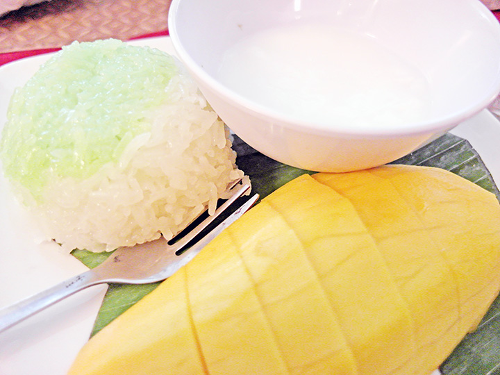 mango sticky rice KL