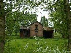 Louvencourt, la vieille gare désaffectée
