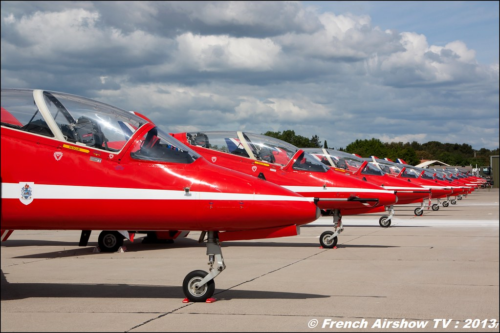 Red Arrows at Spotter day 60 PAF