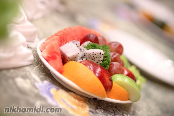 Buah-buahan meja pengantin
