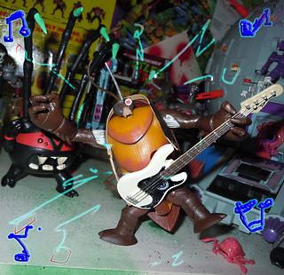 Nickelodeon  TEENAGE MUTANT NINJA TURTLES :: COCKROACH TERMINATOR V.2 xii / ..ROCK ROACH (( 2014 ))