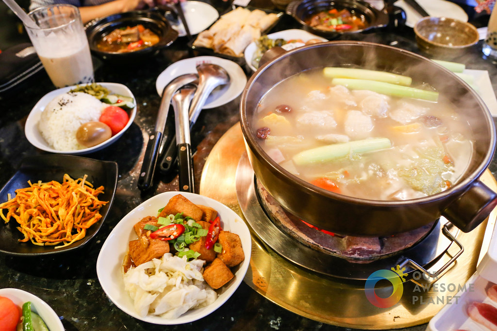 HAVE HOT POT: Memorable Yummy Hot Pot Experience in Taipei! @JeronTravel