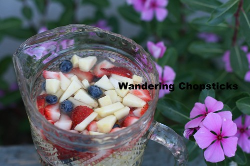 Red, White, and Blue White Wine Sangria 5