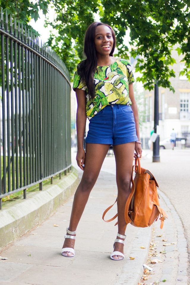 what to wear short shorts with