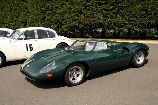 Jaguar XJ13.