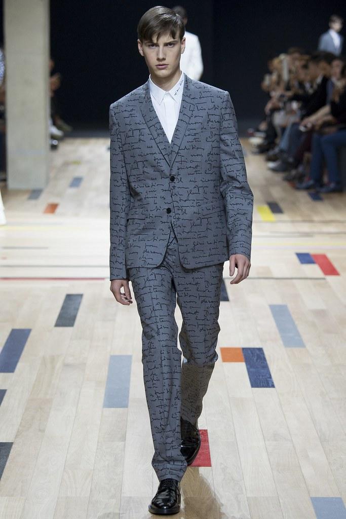 SS15 Paris Dior Homme034_Ted LeSueur(VOGUE)