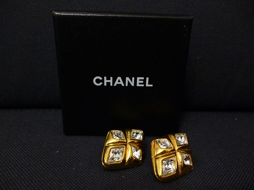 vintage chanel earrings a