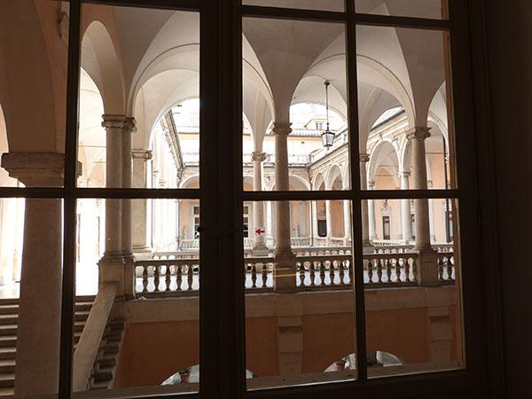 arcades palais blanc