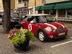 automobile, mini cooper, automotive exterior, wheel, vehicle, automotive design, mini e, mini, land vehicle, luxury vehicle, motor vehicle,