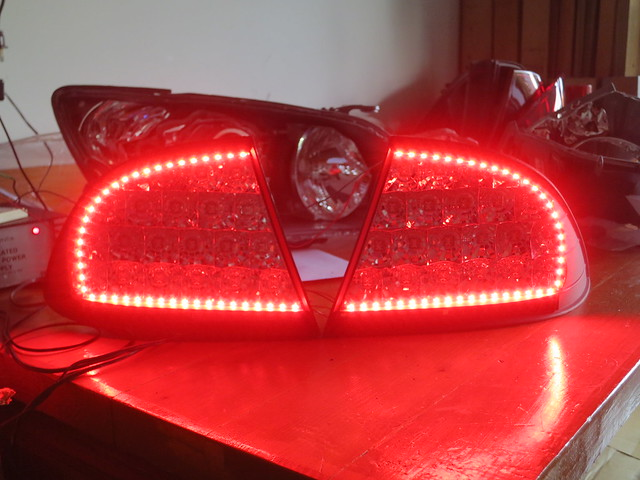 Custom IS300 LED Tail Lights - HiDplanet : The Official