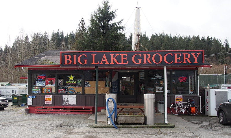 Big Lake Grocery