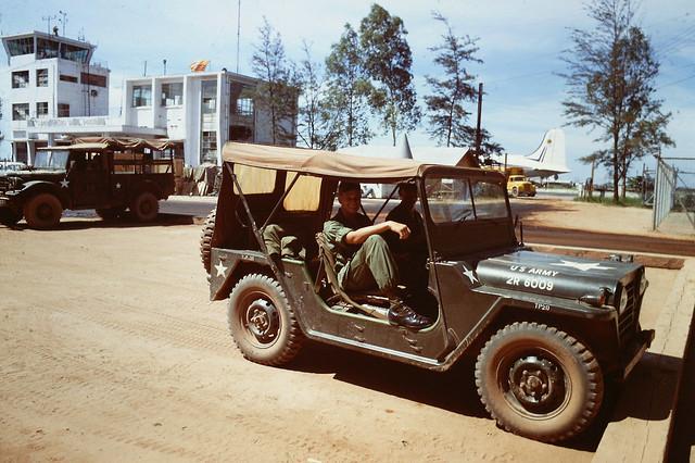 Huế 1969 - Phi trường Phú Bài