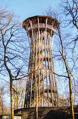 outdoor structure(0.0), water tower(0.0), tree(1.0), observation tower(1.0), landmark(1.0), architecture(1.0), urban area(1.0), tower(1.0),