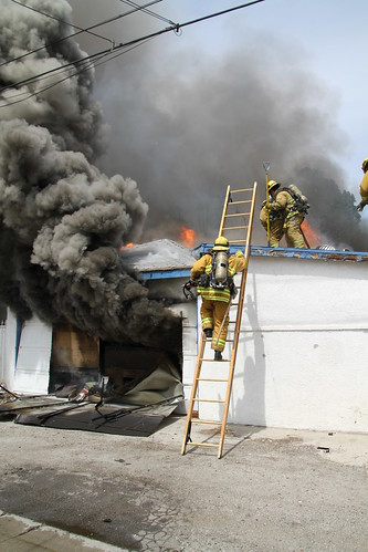 Los Angeles Firefighters Battle a Reseda House Blaze; Multiple Injuries