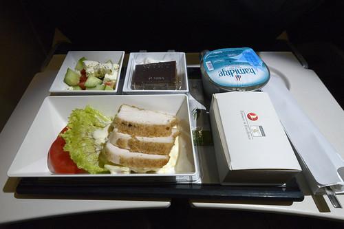 Turkish Airlines Inflight Meal (TC-JPC) DSC0909