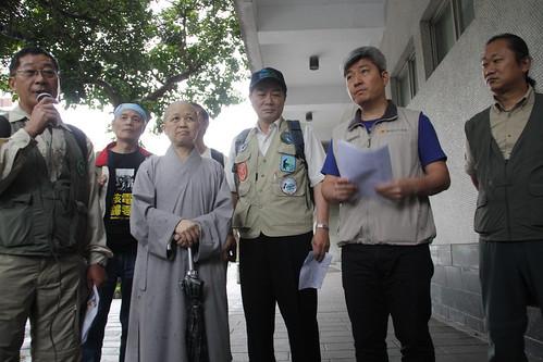 釋昭慧 法師 (前排左二)