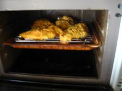 220℃に温めたオーブンで焼きます