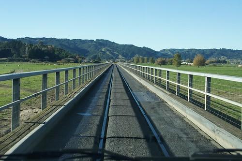 Pekatahi road-rail bridge
