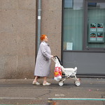Clic-Clac photo marathon, 4th prize, old woman, stroller