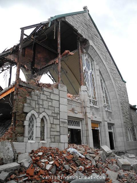 Eglise Notre-Dame-de-la-Paix demolition 6/06/14 10