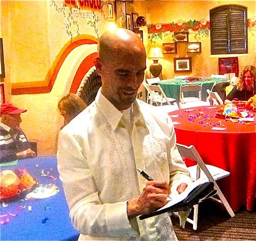 Antonio-world's besy waiter