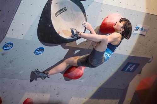 EHolzknecht-140517-BoulderingWorldcup_Innsbruck_Final_0963