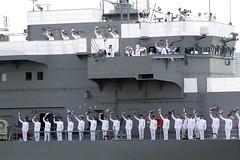遠洋練習航海の出発式を見に行く