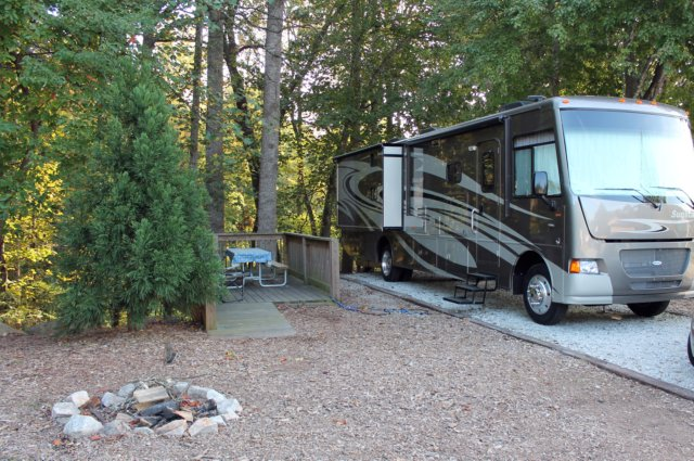 Are you planning on camping in stone mountain, Georgia? Before you hit the road, check here for information on parks in stone mountain, Georgia that offer WiFi, swimming, cabins and other amenities Good Sam Club Members Save 10% at Good Sam RV Parks.