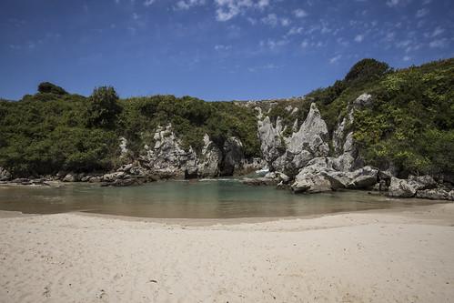 Playa Gulpiyuri, Asturias