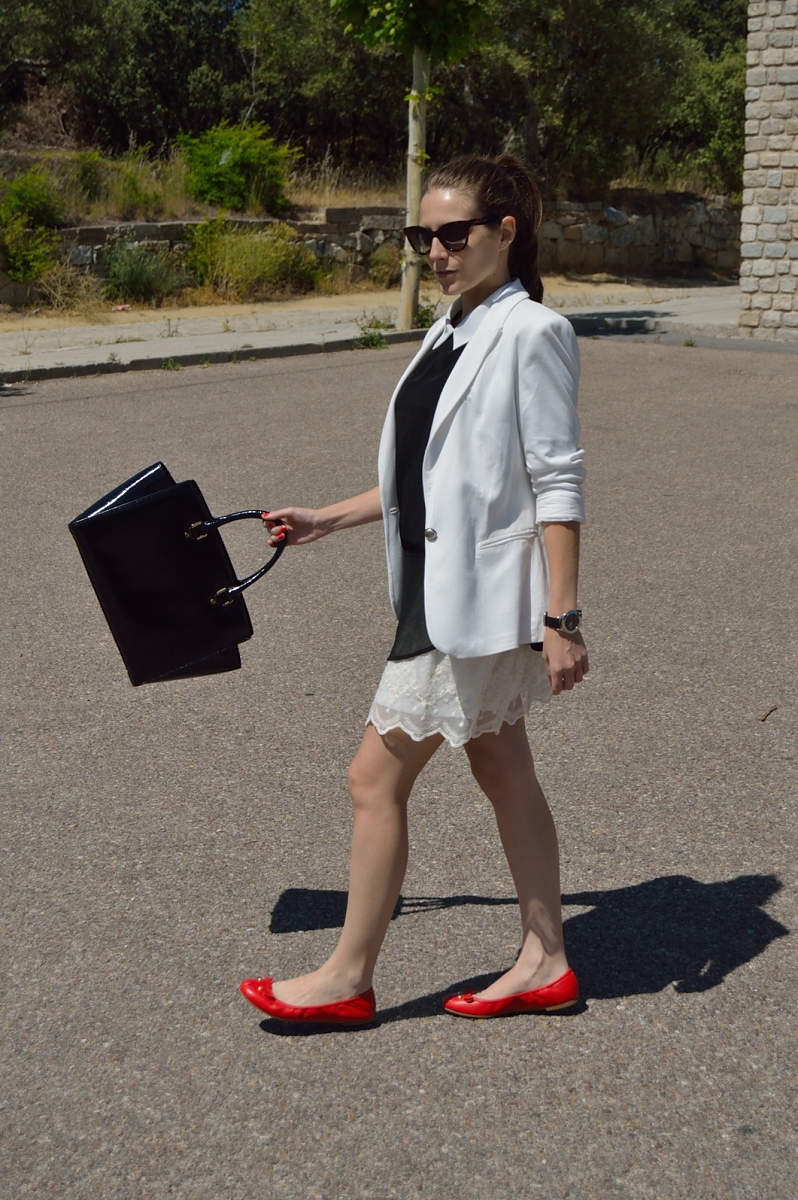 lara-vazquez-madlula-blog-fashion-style-black-white-look