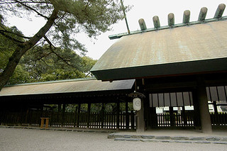 shrine018