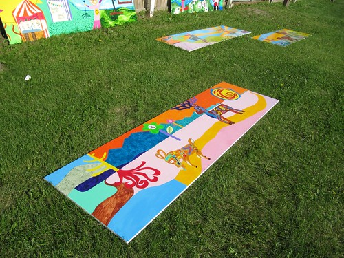 <p>Rink murals by Carveor Triggs with inspiration from students of King Edward School.</p>