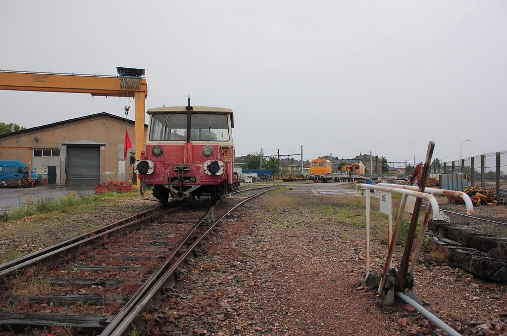 Villeneuve Le Roi Railway Station -  U00cele-de-france