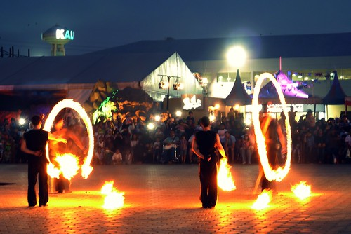 Fire dancers at Remal Festival 2014