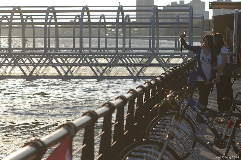 颱風前的八里-淡水