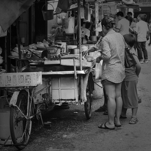 Hawker stall on tricycle cart in Georgetown, Penang.
