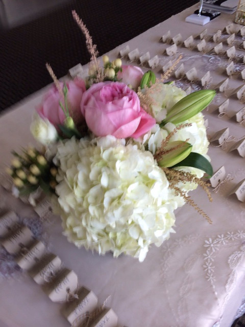 Farah florist C-P18.   $45-55
