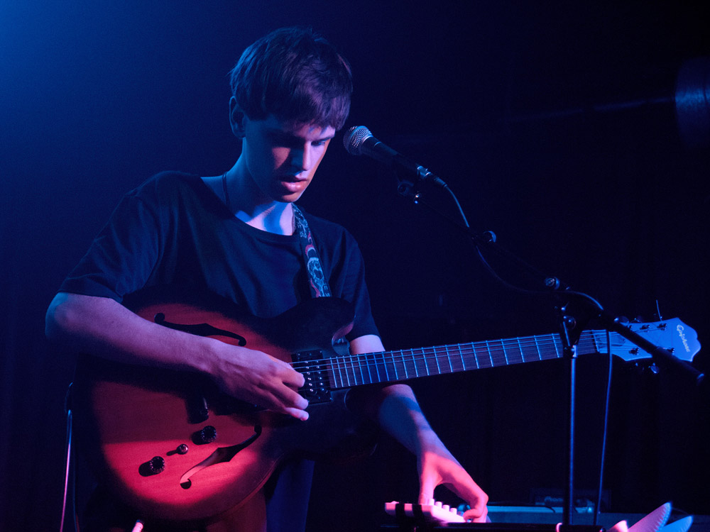 Halls @ Hoxton Square Bar & Kitchen, London 25/07/14