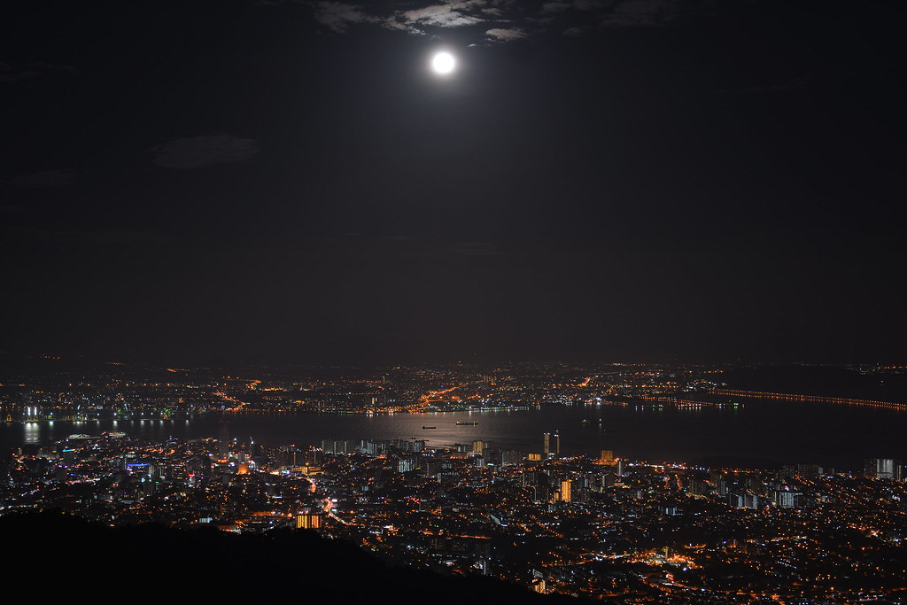 Supermoon Penang Island