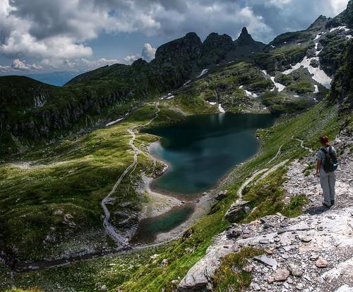 mountain lake alps schweiz switzerland see suisse ostschweiz berge valley svizzera rheintal rhine bergsee schwarzsee wanderung gebirgssee pizol 5lakes 5seen