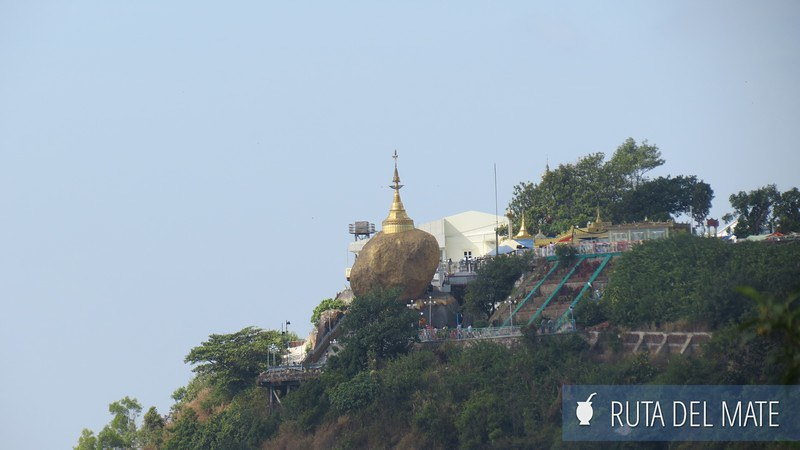 Golden Rock Myanmar (2)