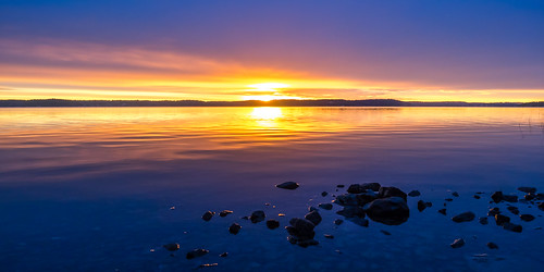 sun sunrise morning sea seascape water sky clouds colours stones reflections nacka sweden jenshaggren