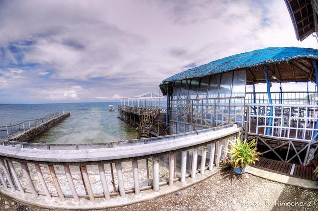 ホテルから桟橋出てて、ここから船で出港です♪ ステキやんw こういうお店を石垣島で作れたらなぁ。。
