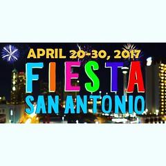 #Fiestatimeinoldsanantone #vivafiesta2017 #nightinoldsanantonio Fiesta Time in old San Antone