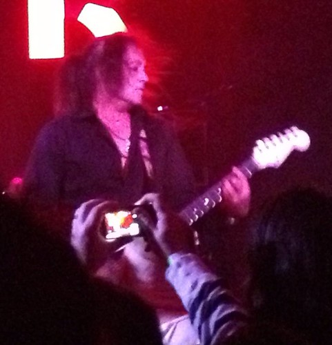 04/04/14 Jake E. Lee @ Amityville, LI, NY (Officer Metalhead Photo001)