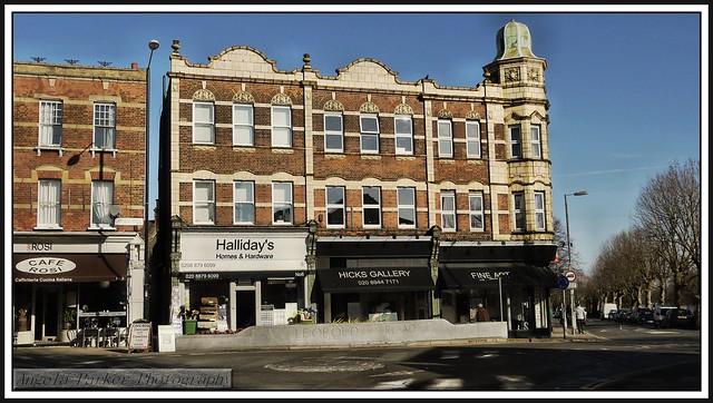 P1140960 Hicks Gallery..2-4 Leopold Road Wimbledon..SW19 7BD..
