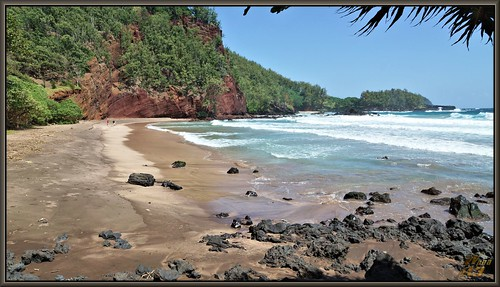 ocean sea seascape beach hawaii sand maui pacificocean vista kokibeachpark